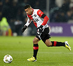 Nederland, Rotterdam, 1 december  2012.Eredivisie.Seizoen 2012-2013.Feyenoord-RKC Waalwijk.Tonny Vilhena van Feyenoord in actie met bal