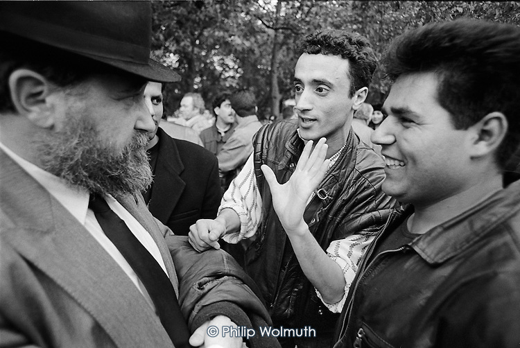 An Israeli and a London Jewish man argue about Israel/Palestine at Speakers Corner, Hyde Park, London