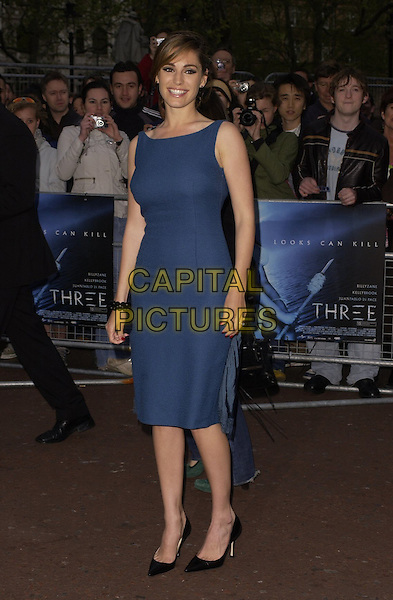 "KELLY BROOK.World Premiere of ""Three"" at the Odeon West End, Leicester Square, London, UK..May 2nd, 2006.Ref: CAN.full length blue dress .www.capitalpictures.com.sales@capitalpictures.com.©Capital Pictures"