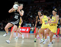 19.09.2013 Silver Ferns Anna Thompson in action during the Silver Ferns V Australian Diamonds New World Netball Series played at Vector Arena in Auckland. Mandatory Photo Credit ©Michael Bradley.