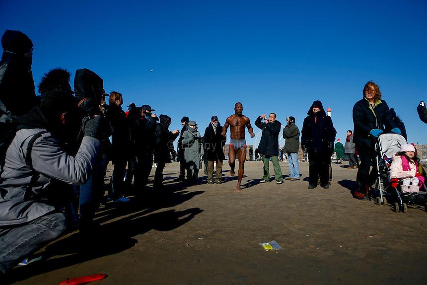 Polarbear Club of Coney Island first swim Jan 1, 2009.