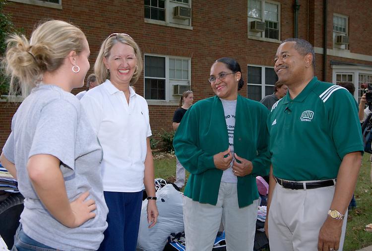 President McDavis & Mrs. McDavis Greet Students Jocelyn Rimbey with Mom & Dad Betty and Don Rimbey from Pittsburg, PA