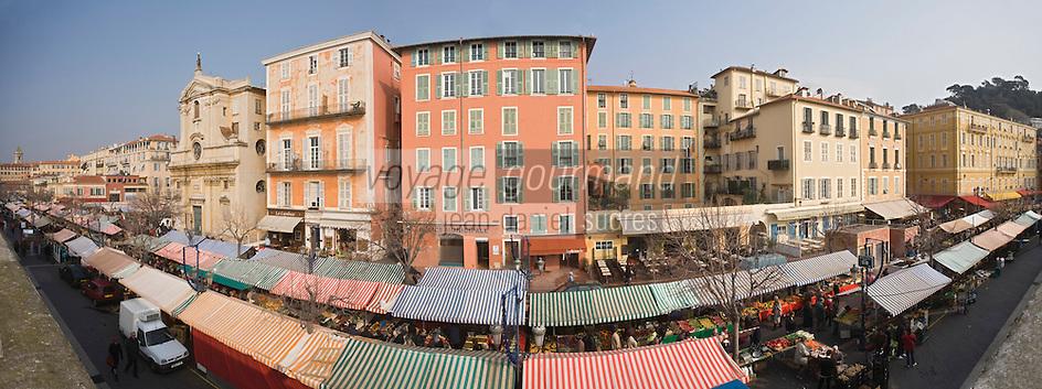Europe/France/06/Alpes-Maritimes/Nice: le Marché du Cours Saleya et la Chapelle de la Miséricorde