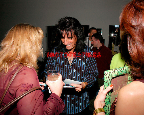 Alice Cooper at Alice Cooper's Christmas Pudding show for his Solid Rock Foundation Charity at Dodge Theatre in Phoenix, Arizona, December 18th 2004. Photo by Chris Walter/Photofeatures.