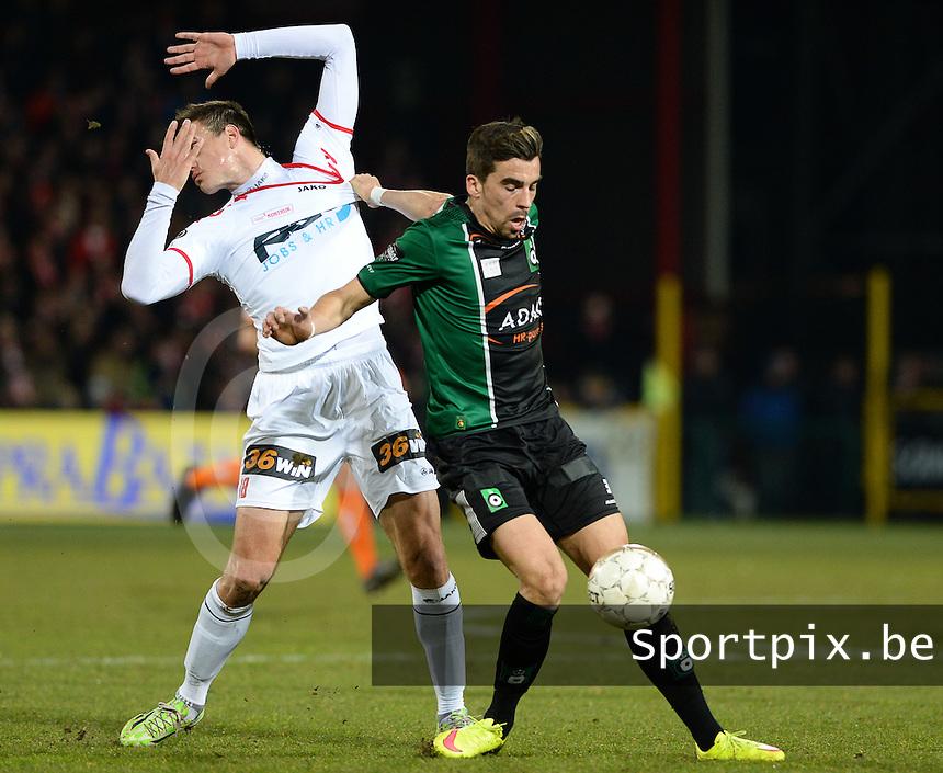 KV Kortrijk - Cercle Brugge : duel tussen Noe Dussenne (r) en Ivan Santini (links) <br /> foto VDB / BART VANDENBROUCKE