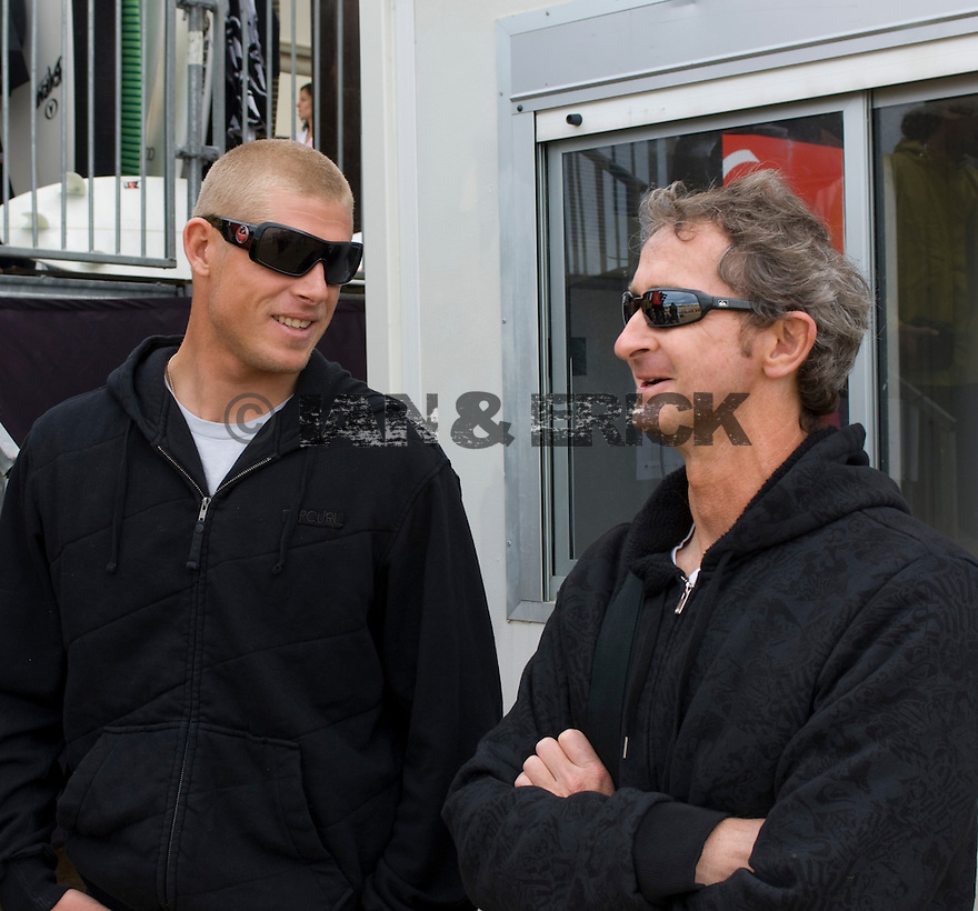 Mick Fanning + Mark Richard in Hossegor in the soth of France.