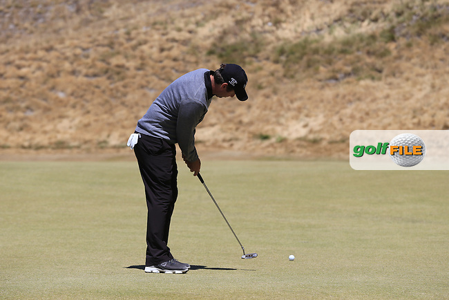 Thomas AIKEN (RSA) putts on the 7th green during Friday's Round 2 of the 2015 U.S. Open 115th National Championship held at Chambers Bay, Seattle, Washington, USA. 6/19/2015.<br /> Picture: Golffile | Eoin Clarke<br /> <br /> <br /> <br /> <br /> All photo usage must carry mandatory copyright credit (&copy; Golffile | Eoin Clarke)