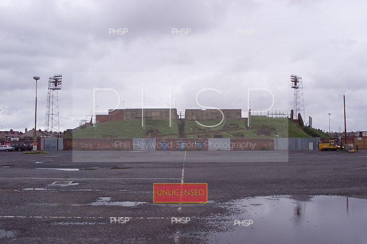 23/06/2000 Blackpool FC Bloomfield Road Ground.Kop rear/Rrigby Rd car park......© Phill Heywood.