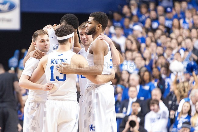 The seniors of the Kentucky Wildcats take the floor to start the game against the Florida Gators at Rupp Arena on Saturday, March 7, 2015 in Lexington, Ky. Kentucky leads Florida 30-27 at the half. Photo by Michael Reaves | Staff.