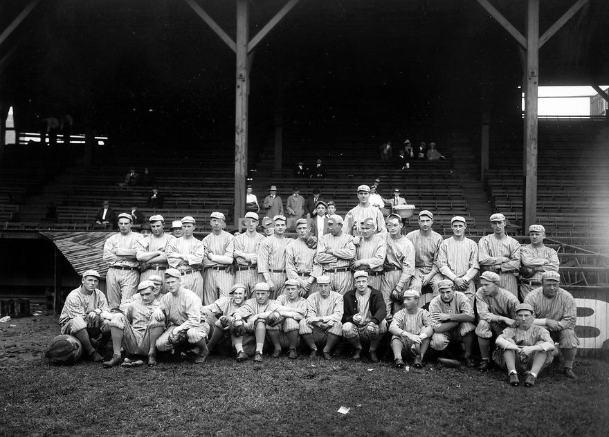 1913 Team Photos of the the New York Giants, with Jim Thorpe
