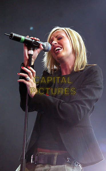 NICOLE APPLETON.Pepsi Chart Live.Ahoy Stadium.Rotterdam, 19th October 2002.www.capitalpictures.com.sales@capitalpictures.com.©Capital Pictures