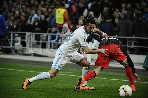 18.02.2016. Marseille, France. UEFA Europa league football. Marseille versus Athletic Bilbao.  Isla (OM) pushes over his defender