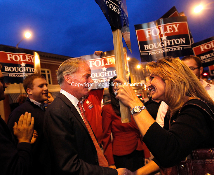Torrington, CT- 25, October 2010-102510CM08 Republican Governor candidate Tom Foley greets supporters in downtown Torrington Monday night. Foley and Democratic challenger, Dan Malloy held a  gubernatorial debate inside the Warner Theater, which was sponsored by the Republican-American newspaper.   Christopher Massa Republican-American
