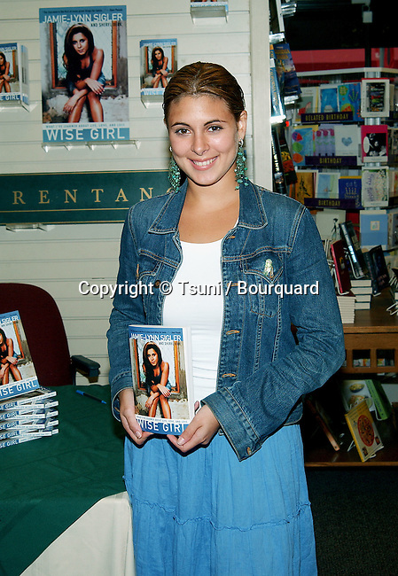 """Jamie Lynn Sigler from the Soprano was signing her book """"Wise Girl"""". A book about her experence and battle about eating disorder. She is the spokesperson for the National Eating Disorders Association. August 14, 2002.            -            SiglerJamieLynn_BookSign06.jpg"""