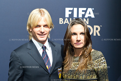 Simone Farina, JANUARY 9, 2012 - Football / Soccer : Simone Farina with his wife during the FIFA Ballon d'Or 2011 Gala at Kongresshaus in Zurich, Switzerland. (Photo by Enrico Calderoni/AFLO SPORT) [0391]
