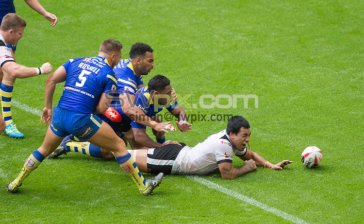 Picture by Allan McKenzie/SWpix.com - 27/08/2016 - Rugby League - Ladbrokes Challenge Cup Final - Hull FC v Warrington Wolves - Wembley Stadium, London, England - Hull FC's Mahe Fonua scores a try against Warrington.