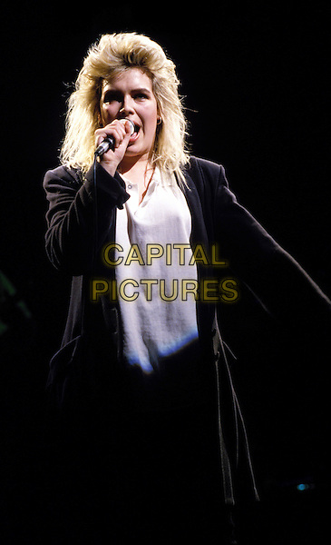 KIM WILDE.singing, stage, concert .Ref: 026 .www.capitalpictures.com.sales@capitalpictures.com.© Capital Pictures