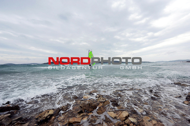 05.01.2014., Vodice, Croatia - Many windsurfers enjoyed strong wind and high waves on the sea.<br /> <br /> Foto &copy;  nph / PIXSELL / Hrvoje JelavicL