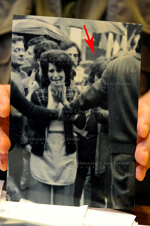 Milano: processo d'appello bis per la strage di Piazza della Loggia, attentato terroristico che provoc&ograve; la morte di 8 persone e il ferimento di altre 102. Foto presentata come prova dall'accusa che documenta la presenza di Maurizio Tramonte in piazza della Loggia subito dopo la strage . Giugno 2015.<br /> Milan: appeal process for the  Piazza della Loggia bombing  that took place on the morning of 28 May 1974, in Brescia, Italy during an anti-fascist protest. Photo presented as evidence by the prosecution that documents the presence of Maurizio Tramonte in the square just after the massacre. June 2015.