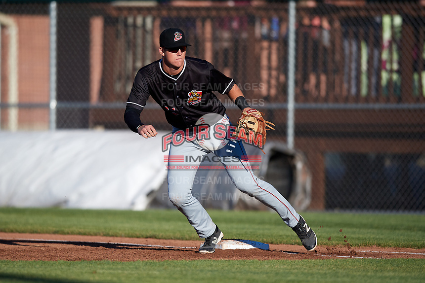 Batavia Muckdogs first baseman Sean Reynolds (25) during a game against the Auburn Doubledays on June 15, 2018 at Falcon Park in Auburn, New York.  Auburn defeated Batavia 5-1.  (Mike Janes/Four Seam Images)