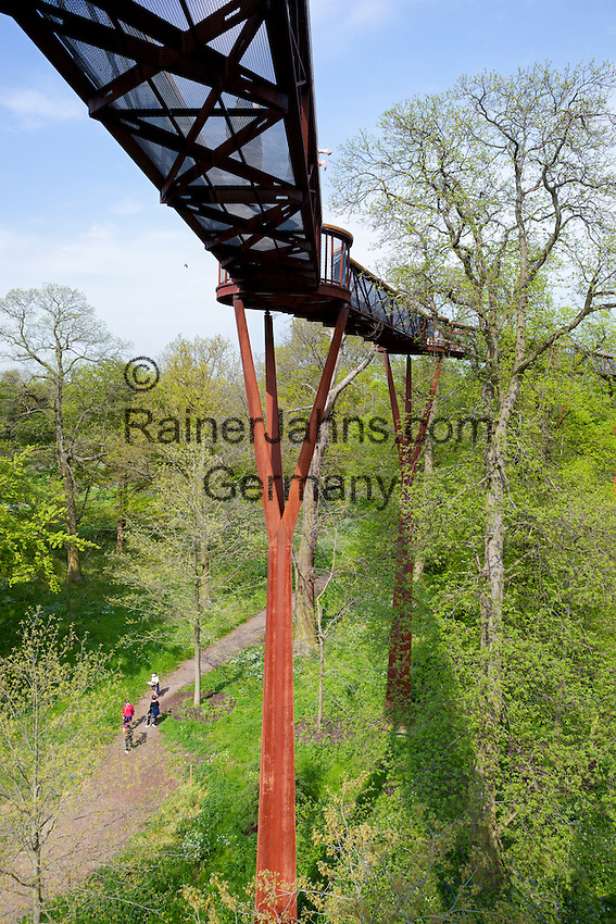 United Kingdom, England, Greater London, Kew: district in the London Borough of Richmond upon Thames - Rhizotron and Xstrata Treetop Walkway at Royal Botanic Gardens, UNESCO World Heritage Site | Grossbritannien, England, Kew: Stadtteil Londons im Stadtbezirk London Borough of Richmond upon Thames - Rhizotron and Xstrata Treetop Walkway im Royal Botanic Gardens, inzwischen UNESCO Weltkulturerbe