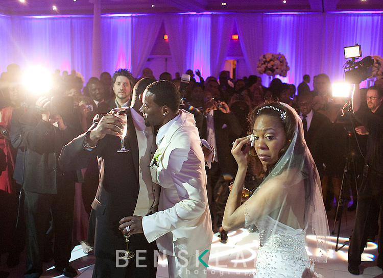 People broke into tears as James Ross, Aaron's brother, made the best man speech at the reception. Olympic gold medalist, Sanya Richards, and New York Giants cornerback, Aaron Ross, wed at the Hyde Park Baptist in Austin, Texas on Friday, February 26, 2010...