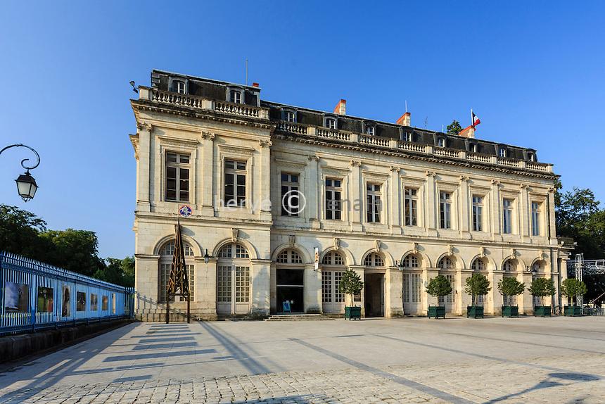 France, Cher (18), Bourges, l'Hôtel de Ville // France, Cher, Bourges, City Hall
