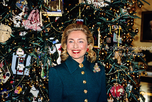 First lady Hillary Rodham Clinton speaks in front of the 1995 White House Christmas Tree in the Blue Room as she hosts a press event to preview the holiday decorations at the White House in Washington, D.C. on December 4, 1995.<br /> Credit: Ron Sachs / CNP