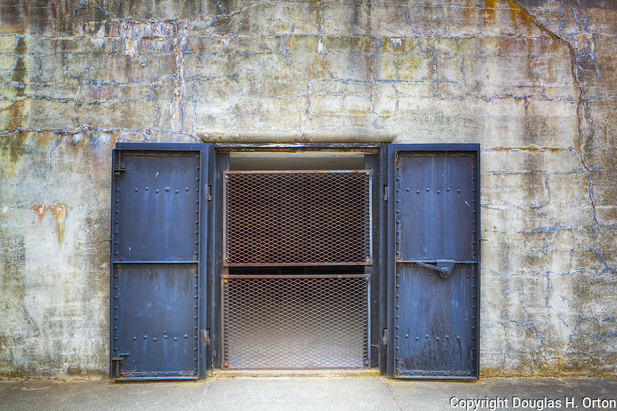 Door and Windows to an abandoned gunnery bunker at Fort Flagler in Washington State. & Steel Bunker Doors | Douglas Orton Imaging