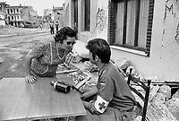 - Friuli, due mesi dopo il terremoto del maggio 1976, militare dell'esercito tedesco ....- Friuli, two months after the earthquake of May 1976,  German army soldier..