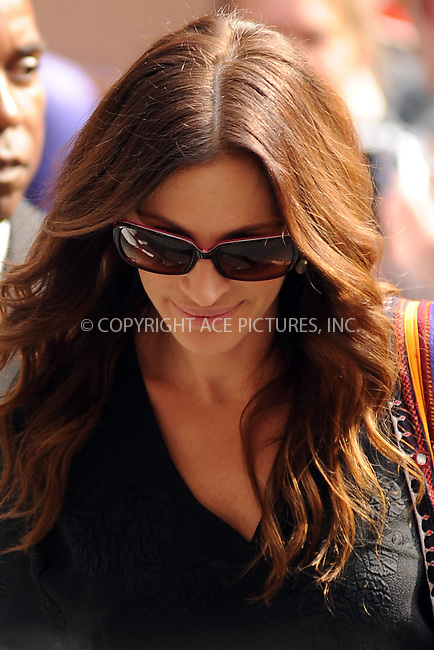 WWW.ACEPIXS.COM . . . . . ....August 4 2010, New York City....Actress Julia Roberts made an appearance at the 'Late Show with David Letterman' on August 4 2010 in New York City....Please byline: KRISTIN CALLAHAN - ACEPIXS.COM.. . . . . . ..Ace Pictures, Inc:  ..(212) 243-8787 or (646) 679 0430..e-mail: picturedesk@acepixs.com..web: http://www.acepixs.com