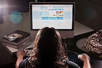 Belo Horizonte_MG, Brasil...Retrato de uma hacker do bem, ela participa de grupos de transparencias de dados em Belo Horizonte, Minas Gerais...Portrait of a good hacker, she participates in groups of data transparency in Belo Horizonte, Minas Gerais...Foto: JOAO MARCOS ROSA / NITRO