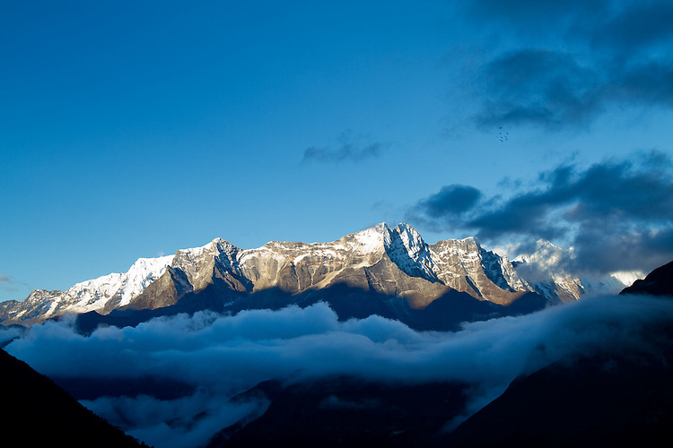 The Himalayas from Tengboche. Photo by Didrik Johnck.