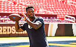 16FTB at West Virginia 3028<br /> <br /> 16FTB at West Virginia<br /> <br /> BYU Football vs West Virginia at FedEx Field in Landover, Maryland.<br /> <br /> BYU-32<br /> WVU-35<br /> <br /> September 23, 2016<br /> <br /> Photo by Jaren Wilkey/BYU<br /> <br /> &copy; BYU PHOTO 2016<br /> All Rights Reserved<br /> photo@byu.edu  (801)422-7322