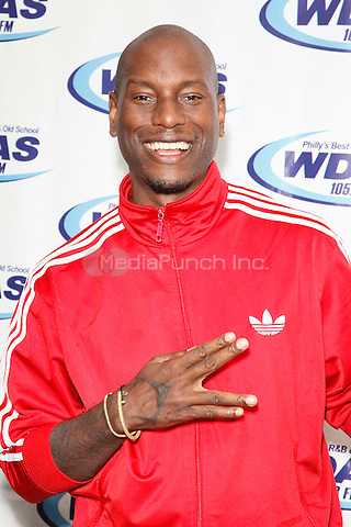 BALA CYNWYD, PA - JULY 15: Tyrese visits WDAS performance studio in Bala Cynwyd, Pa on July 15, 2015. Credit: Star Shooter / MediaPunch