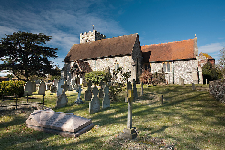 St Peter and St Paul Church, Shiplake, Oxfordshire, Uk
