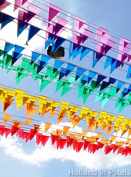 Nederland Amsterdam - Augustus 2018. Gay Pride. De straten zijn versierd met regenboog vlaggetjes. Foto Berlinda van Dam / Hollandse Hoogte