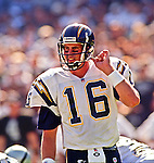 Oakland Raiders vs. San Diego Chargers at Oakland Alameda County Coliseum Sunday, October 11, 1998.  Raiders beat Chargers  7-6.  San Diego Chargers quarterback Ryan Leaf (16).
