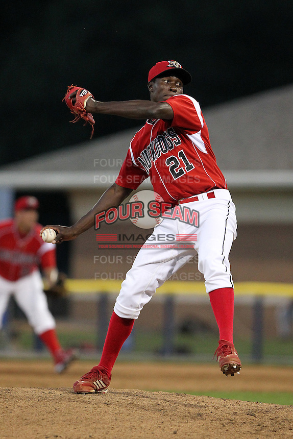 Batavia Muckdogs pitcher Jose Almarante #21 during an exhibition game against the Newark Pilots of the Perfect Game Collegiate Baseball Lague at Dwyer Stadium on June 15, 2012 in Batavia, New York.  Batavia defeated Newark 8-0.  (Mike Janes/Four Seam Images)