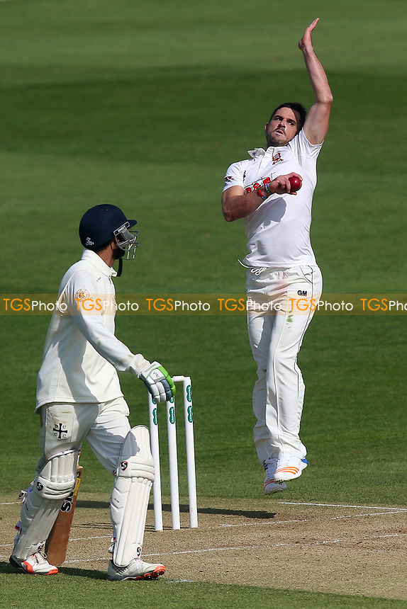 Ryan ten Doeschate in bowling action for Essex during Essex CCC vs Durham MCCU, English MCC University Match Cricket at The Cloudfm County Ground on 3rd April 2017