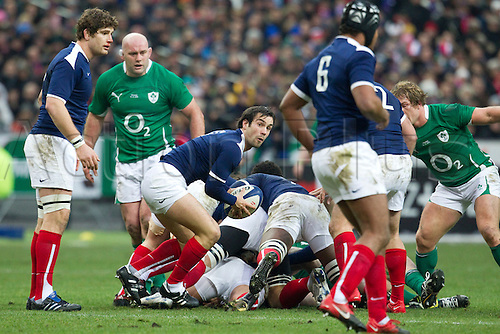 13 Februray 2010: Morgan Parra of France passes the ball during the six nations match won 33-10 by France over Ireland at the Stade de France stadium in Saint-Denis, near Paris, France..Photo: Christophe Elise/ACTIONPLUS- EDITORIAL USE ONLY