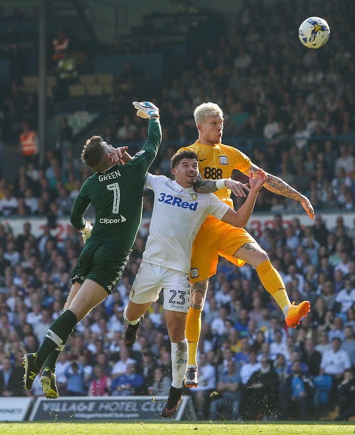Preston North End's Simon Makienok battles in the air with Leeds United's Kalvin Phillips and Robert Green <br /> <br /> Photographer Alex Dodd/CameraSport<br /> <br /> The EFL Sky Bet Championship - Leeds United v Preston North End - Saturday 8th April 2017 - Elland Road - Leeds<br /> <br /> World Copyright &copy; 2017 CameraSport. All rights reserved. 43 Linden Ave. Countesthorpe. Leicester. England. LE8 5PG - Tel: +44 (0) 116 277 4147 - admin@camerasport.com - www.camerasport.com