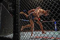 BOSTON, EUA, 18.10.2019 - UFC-BOSTON - Lutadores Yair Rodriguez (vermelho) e Jeremy Stephens  (azul) durante UFC Fight Night no Td Garden em Boston no Estado de Massachusetts nos Estados Unidos na noite desta sexta-feira, 18. (Foto: Vanessa Carvalho/Brazil Photo Press/Folhapress)