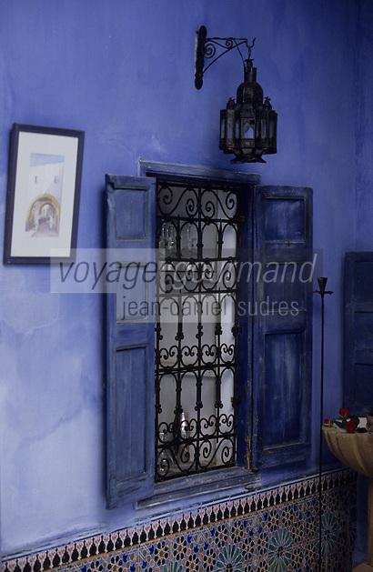"Afrique/Maghreb/Maroc/Essaouira : Riad ""Bleu Mogador"", détail du patio"
