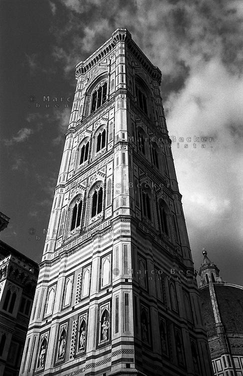Firenze, Duomo. Campanile di Giotto, Giotto's bell tower