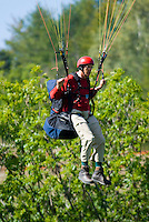 Saint Vincent-les-Forts, Lac de Serre Poncon, France, September 2007. Op Pad Magazine winner Arie van de Wetering was selected for paragliding training. Volantis is home to the paragliding school Inferno. In one week time, students learn to fly the paraglider and earn their mountain licence 1. Photo by Frits Meyst/Adventure4ever.com