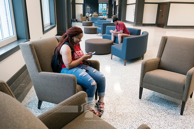 Old Main Academic Center - first day of classes.  Students in between classes: Kinesiology major Latesha Yarbrough at lounge area.<br />  (photo by Megan Bean / &copy; Mississippi State University)