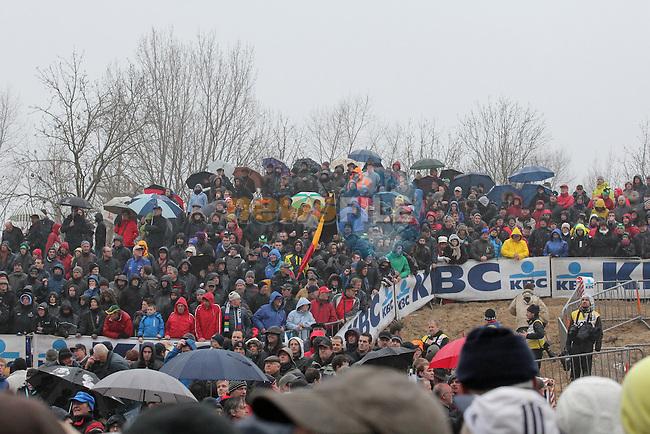 Huge crowds line the track