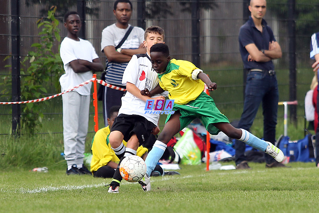 GREAT DANES v MERIDIAN VALLEY PARK<br /> U10 GROUP MATCH<br /> THAMESMEAD SUMMER FESTIVAL OF FOOTBALL 2016<br /> SATURDAY 28TH MAY 2016<br /> BAYLISS AVENUE