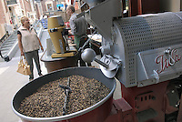 - Eataly, market for the sale of quality Italian food, roasting of coffee<br /> <br /> - Eataly, market per la vendita del cibo italiano di qualit&agrave;, torrefazione del caff&eacute;